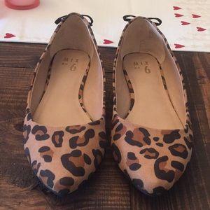 NEW! Cheetah flats size 8.5